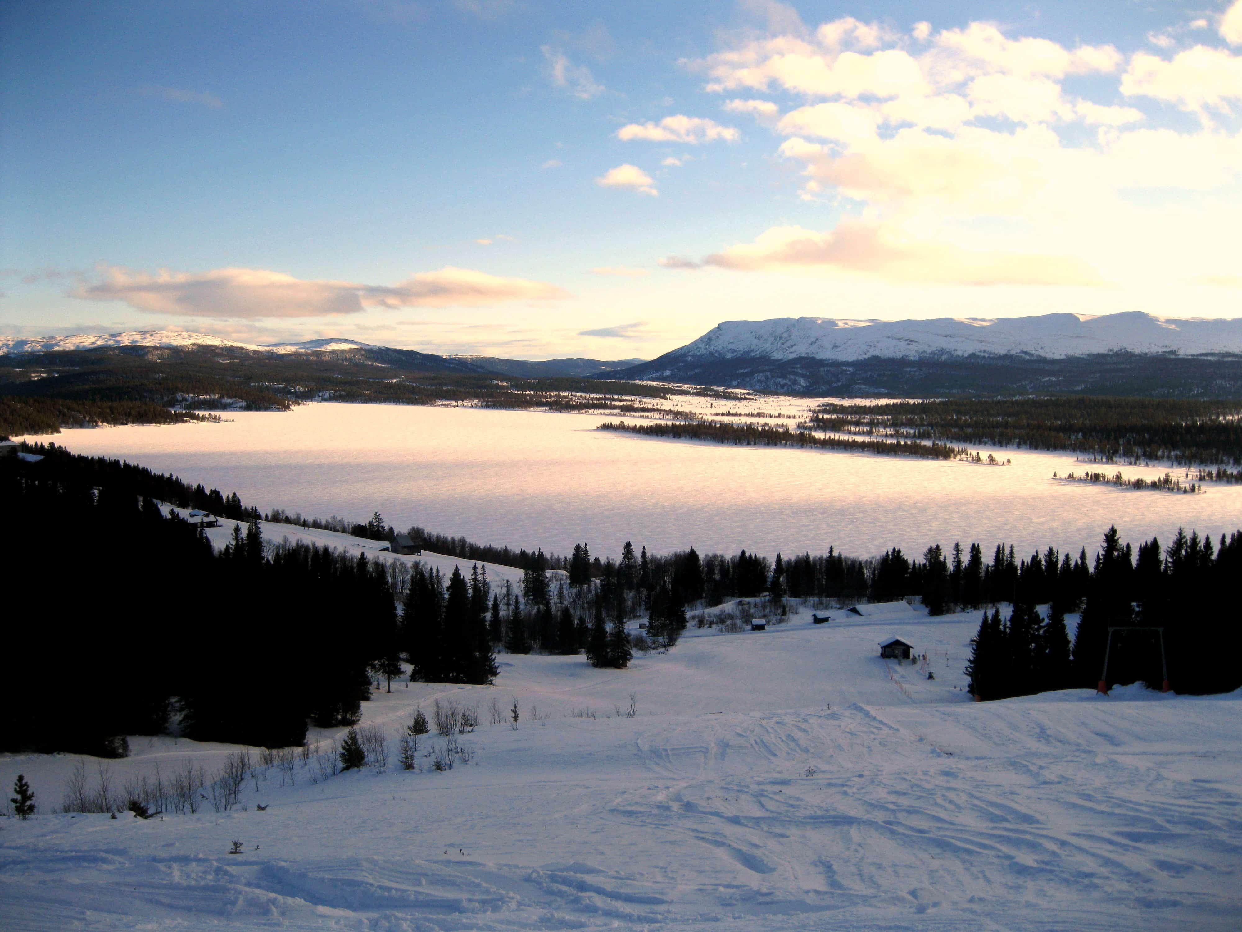 Norway's beautiful Fefor Lake