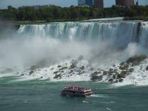 Hornblower Cruises - Niagara Falls