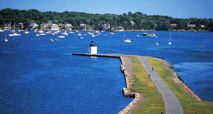 Salem a vibrant coastal city.